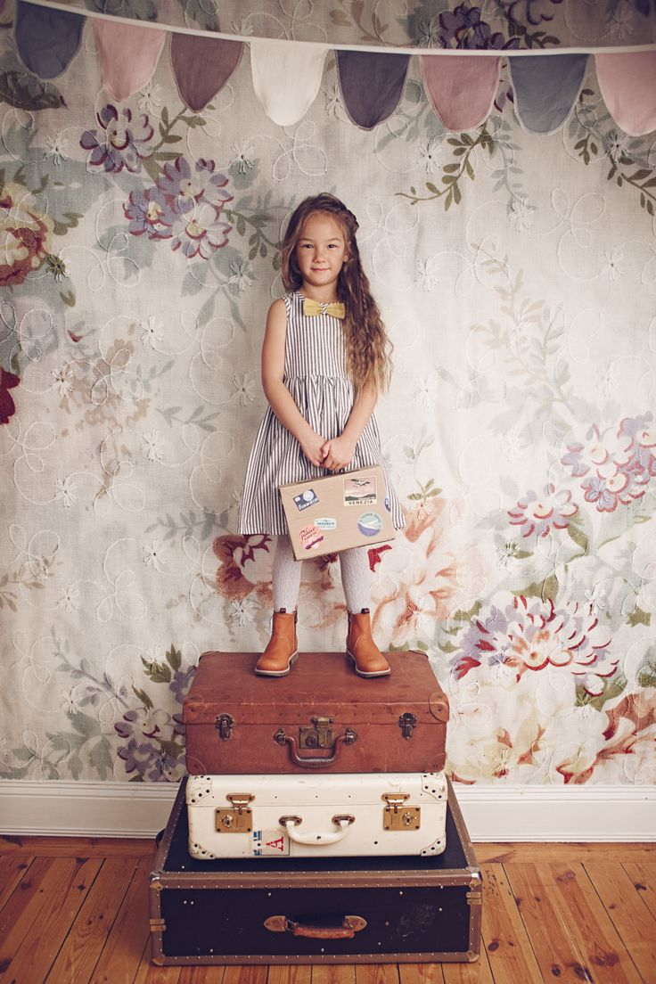 ekologiska barnkläder eko fairtrade mama emily dahl klänning kavat