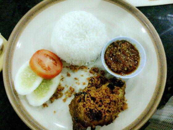 Ayam Bakar HUK with rice