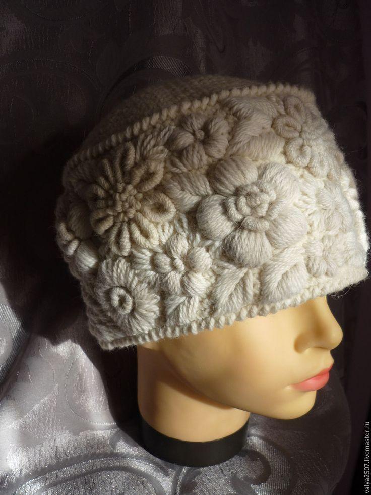 """Купить Шапка с ручной вышивкой""""Феска"""" - белый, цветочный, шапка, шапка вязаная, шапка зимняя"""