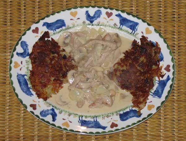 Geschnetzeltes kalfsvlees met rösti