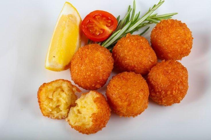 Sült sajtgolyó