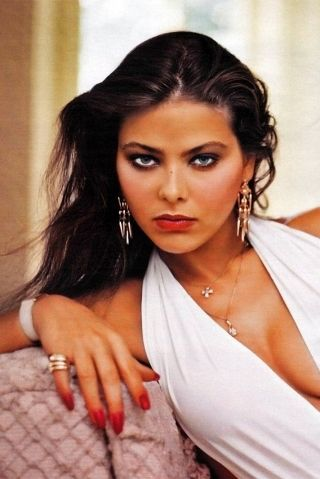 http://www.howtallis.org/wp-content/uploads/2014/09/ornella-muti-height-weight-measurements.jpg