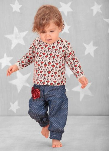 New online and selling out fast! Little Wings vintage hearts tee and Little Stars Harem style pants. #shopbeanandme #beanandme #organic #organickids #organictee #organicpants #designerkids #designerbabies #designertoddlers #organicbaby #organictoddler