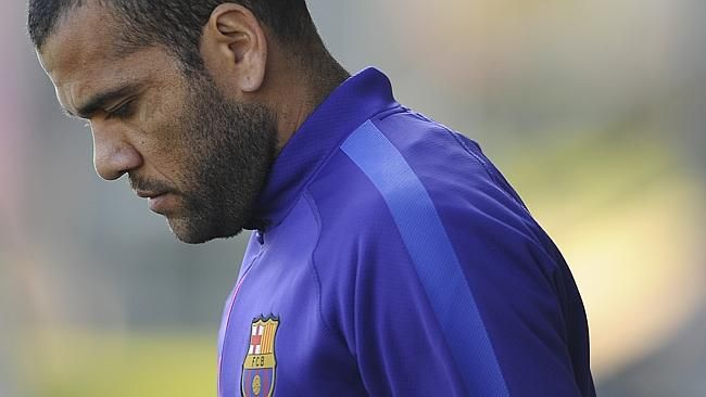 Alves may be off to Man United