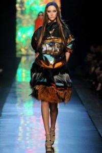 Jean Paul Gaultier potencia la doble prenda en París