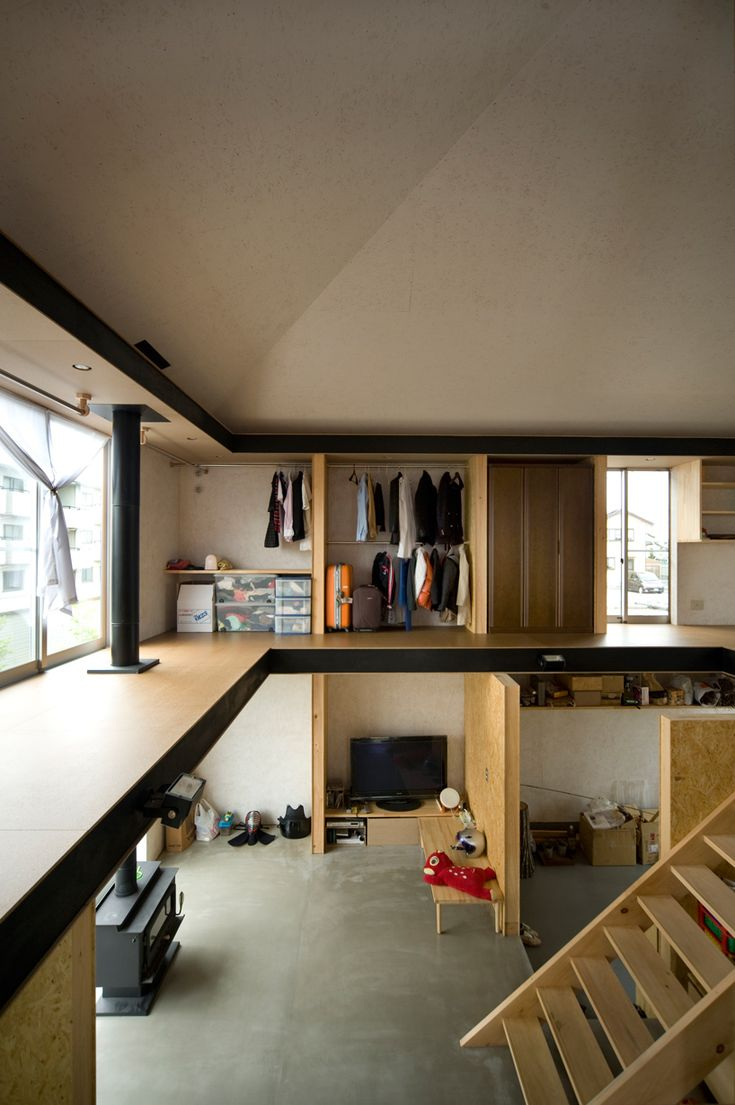 Idea for two floor garage with garden up top- I don't know why I like this, but I do.