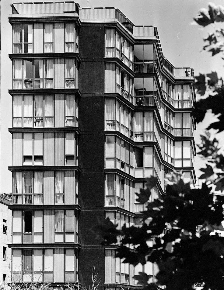 Milano condominio via Quadronno, Angelo Mangiarotti e Bruno Morassutti