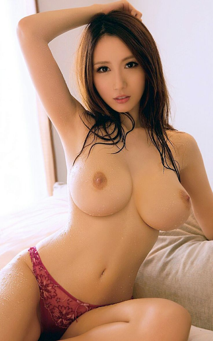 nude asian beauty beach