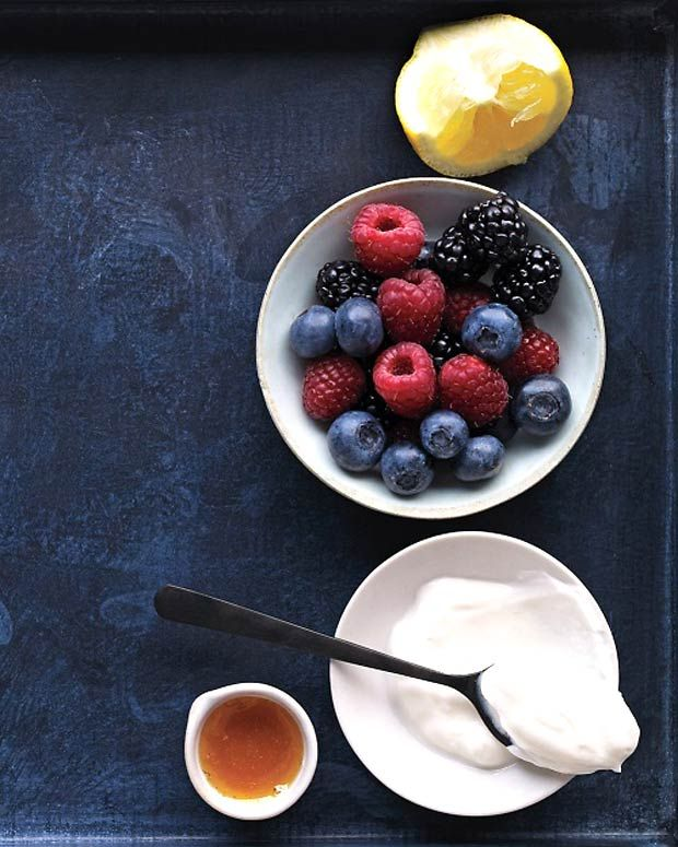 DIY Homemade beauty: Mixed Berry mask with Yoghurt, Lemon juice, And honey