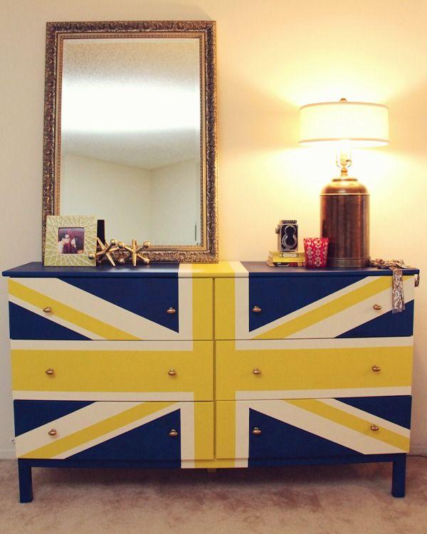 kommode aufpeppen schlafzimmer england fahne blau gelb