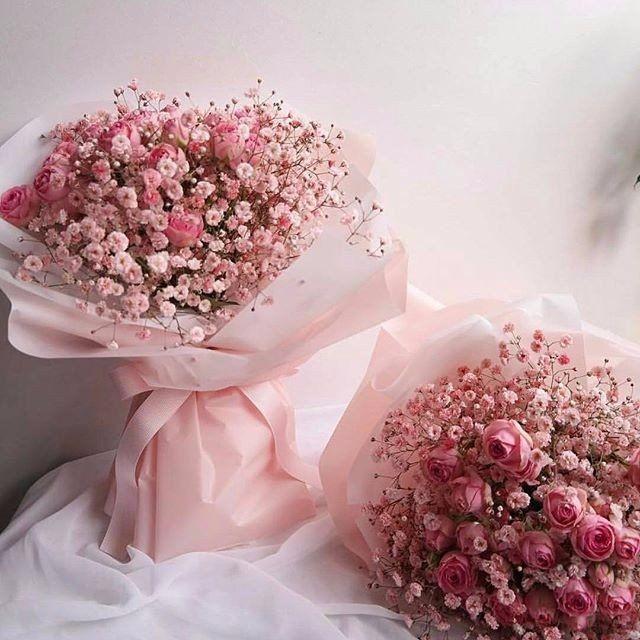 Открытка с розами и шарами