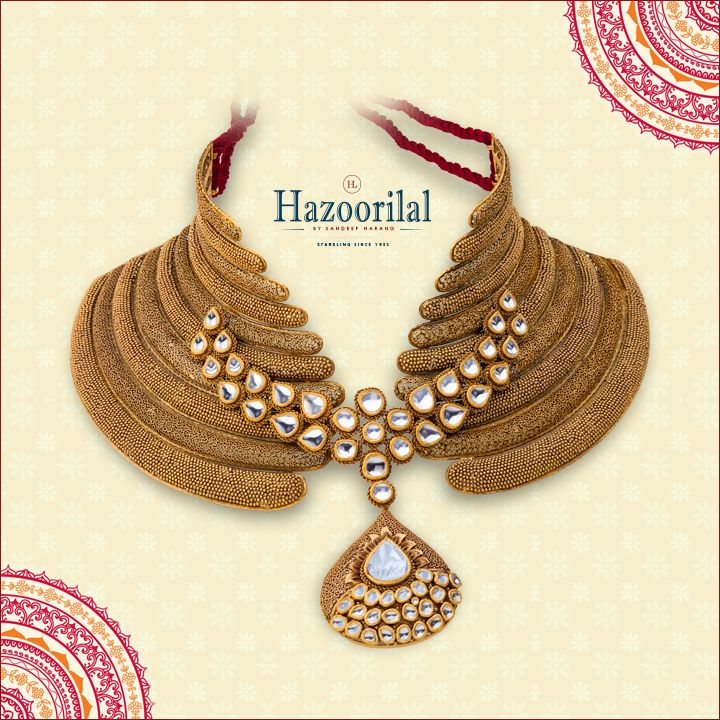Its classic and traditional look is unparalleled. Pamper yourself with this enchanting design of necklace in #gold with semi-precious stones.