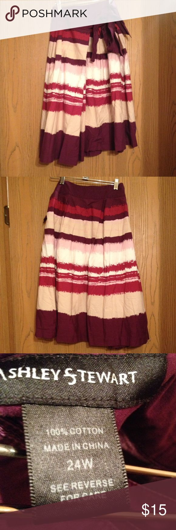 ❤️❤️Plus size skirt❤️❤️ Multi color skirt. In good condition. Ashley Stewart Skirts