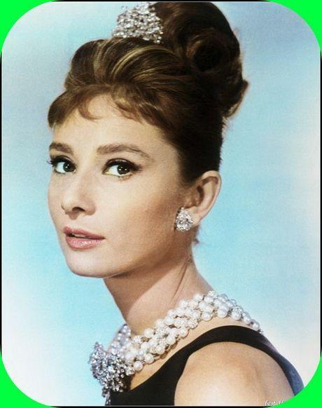 Audrey Hepburn Frisuren 2019 Frisur Pinterest Audrey Hepburn