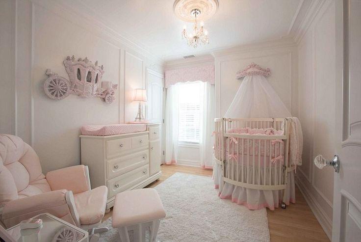Если вы всегда хотели узнать как выглядит королевская детская комната, то просмотрите подобранные нами варианты.