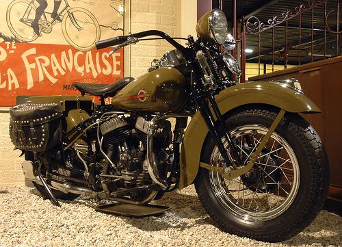 Vintage Harley Davidson Motorcycles › Harley Davidson 1942 750ccm A Photo
