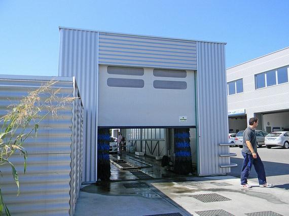 porta ad avvolgimento rapido:  http://www.edilia2000.it/Lampo-della-Breda-Sistemi-Industriali-S-p-A_6-9-5391,2774.html  #porte_automatiche