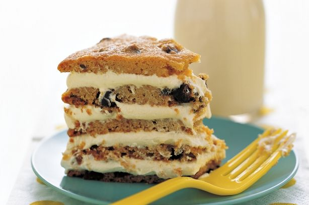 Crunchy, chewy and oozing with creativity, Martha Stewart combines cookies with a touch of whimsy to create memorable cakes for all occasions. #marthastewart