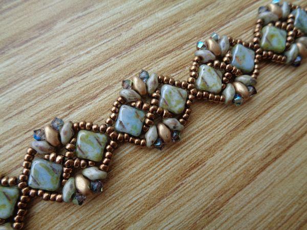Dsc00273 jewelry patterns pinterest basteln mit perlen perlenschmuck und armb nder - Perlenarmband basteln ...
