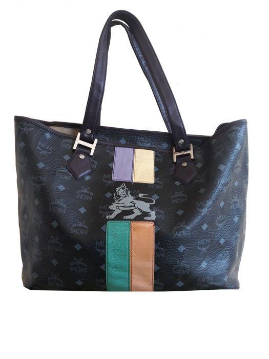 7280fbd50e26 Auctioned off through #Catawiki: MCM - Lion princess visetos Handbag