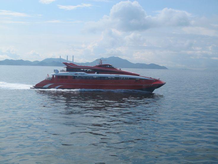https://flic.kr/p/HCvxQb | universal mk 2001 | Type:high speed vessel builder:FBM Marine fleet:45m tricat length:44m beam:11.8m water length:40m ship high:4.77m gross tonnage:602 deadweight:182 capacity:331 vip:1(4passenger) super class:45 ordinary seat:282 installed power:2x caterpillar solar taurus gas turbines 2x4200kw@13000rpm waterjets 2x twin kamewa 90511 transmisson 2xPHILD DELPHIA GEAR type1000 oil fuel 7500L Year build:1995 hull no.1407