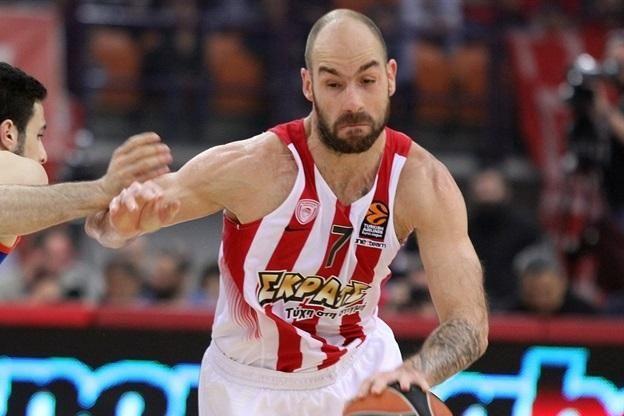 Basket - Euroligue (Hommes) - L'Olympiakos égalise contre l'Anadolu Efes Istanbul après sa victoire en Turquie                                              Basket                                                           Euroligue (Hommes)                      ... http://www.lequipe.fr/Basket/Actualites/L-olympiakos-egalise-contre-l-anadolu-efes-istanbul-apres-sa-victoire-en-turquie/797035#xtor=RSS-1