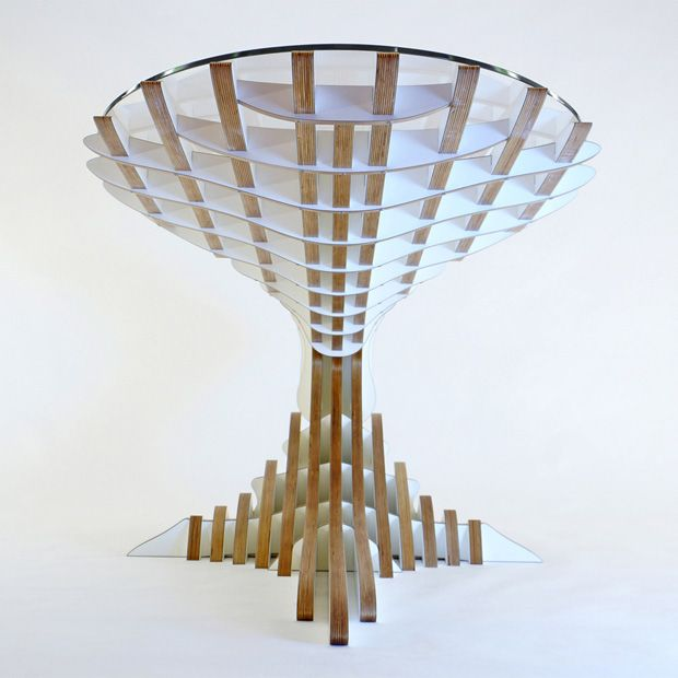 One Balance Desk by Peter Qvist Lorentsen