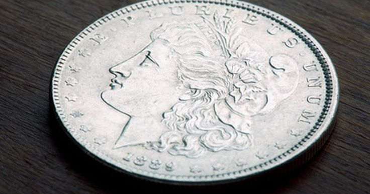 ¿Cómo puedo saber la Casa de Moneda de un dólar de plata de Morgan?. La U.S. Mint (Casa de Moneda de EE.UU.) acuñó el dólar de plata Morgan entre 1878 y 1921. La moneda lleva el nombre de su diseñador, George T. Morgan y muestra la Estatua de la Libertad en el anverso y un águila y ofrenda floral en el reverso. La moneda pesa cerca de 27 gramos y se compone de 90 por ciento de plata y 10 por ciento de cobre con un ...