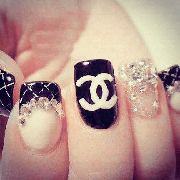 It's bold, it's blingy, it's over the top... ILOVEIT!