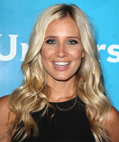 "Kristine Leahy is an American TV presenter and model. She is the co-host of NBC's hit prime time show ""American Ninja Warrior"". Leahy previous was a sideline reporter for CBS Sports as well KCAL's Dodgers pregame show."