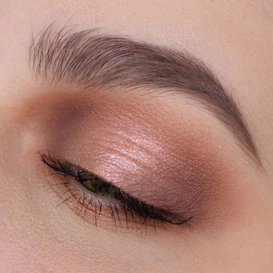 The Natural Eye Makeup Looks For Any Occasion