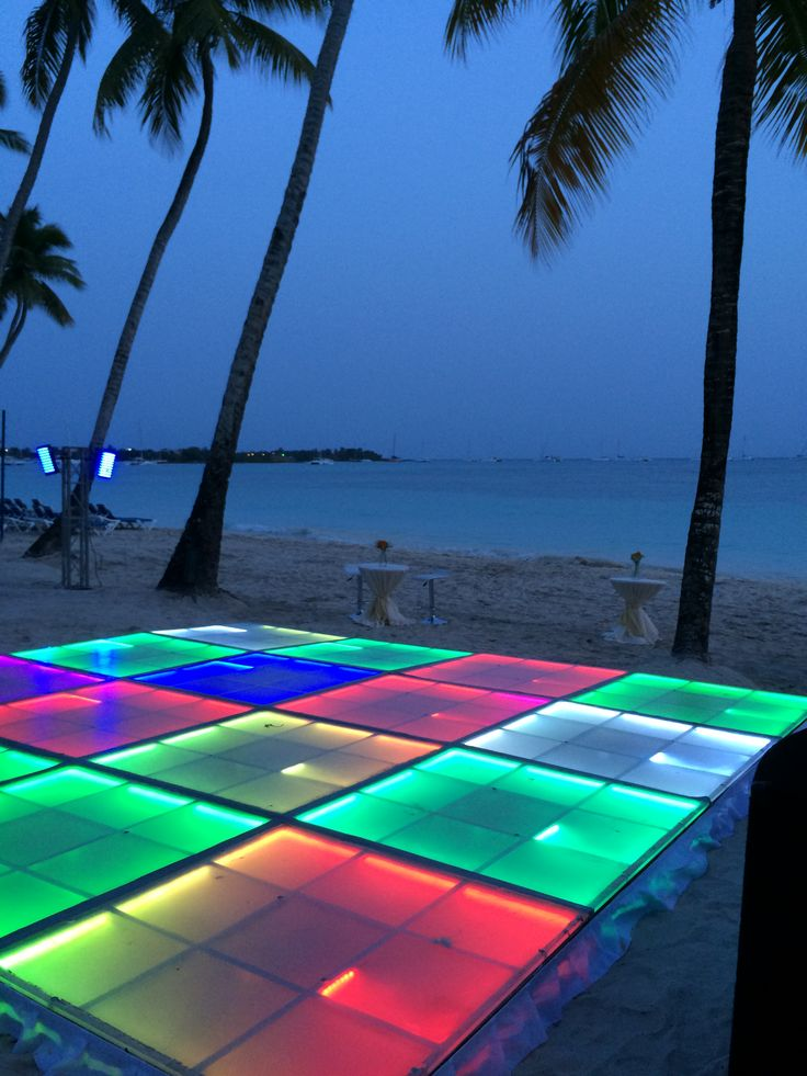Dance the night away with your guests at Dreams La Romana with a light-up dance floor! #weddingreception