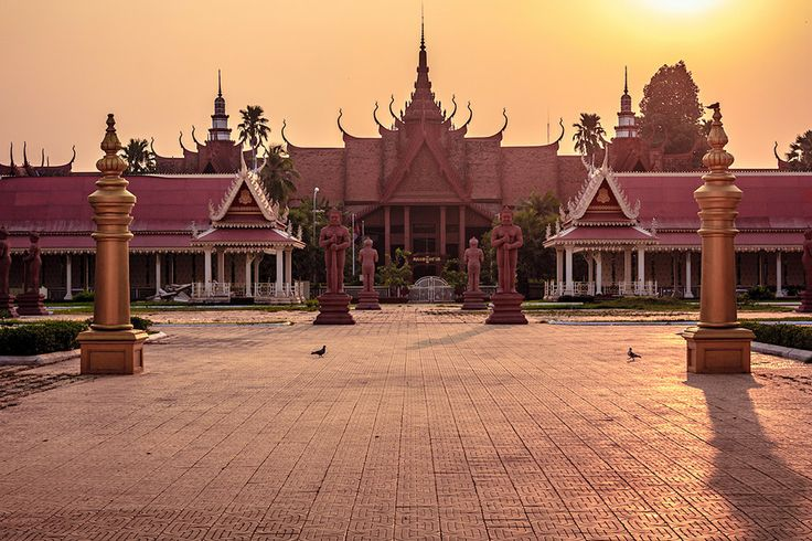 Phnom Penh Royal Palace by Tina Reymann on 500px