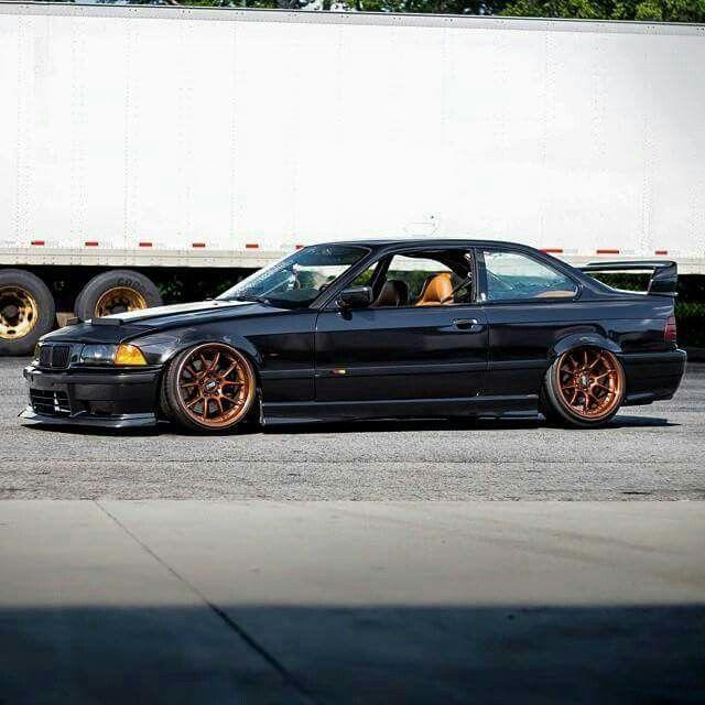 BMW E36 3 series black slammed stance