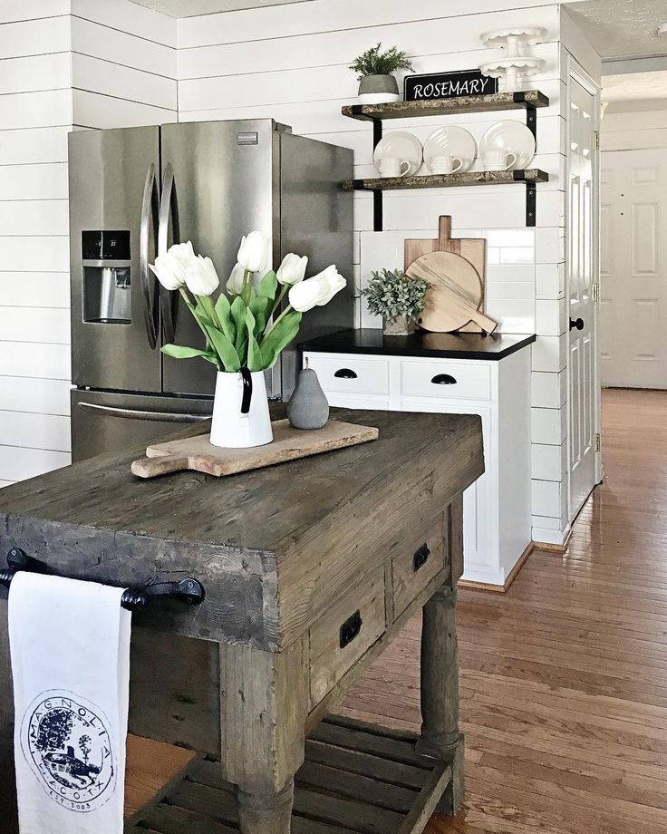17 Best Ideas About Modern Country Kitchens On Pinterest