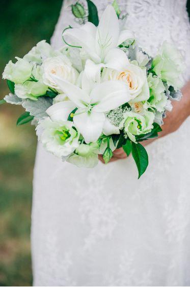 Lauren's white and green bouquet. Photo by ShotbyAngel