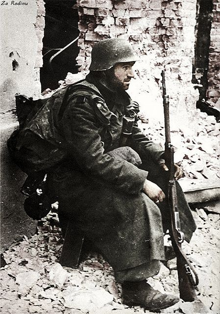 German soldier in Stalingrad 1942 | Original Black and white… | Flickr
