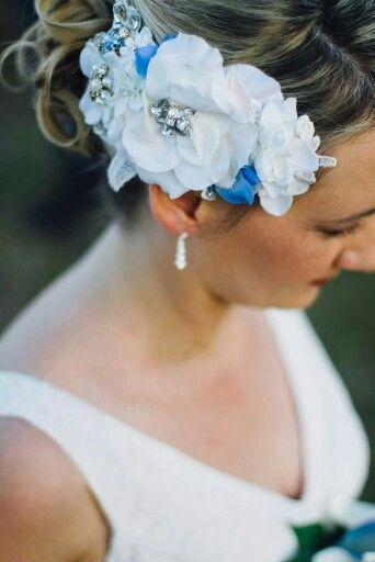Flower bridal head piece