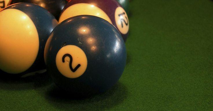 """Como liberar o modo """"expert"""" no Miniclip Ball Pool 8. O """"8 Ball Quick Fire Pool"""" é um jogo popular de sinuca de apenas um jogador do site de jogos Miniclip. O objetivo é acertar o máximo de bolas possíveis nas caçapas da mesa de bilhar antes do tempo esgotar-se. Cada bola tem um número designado de pontos, que varia de acordo com o multiplicador de pontuação. Os jogadores mais habilidosos podem ..."""
