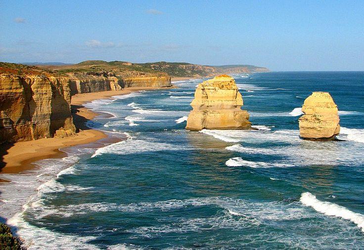 Twelve Apostles, Great Ocean Road - Places to see in Australia on our bucket list 1 year road trip!