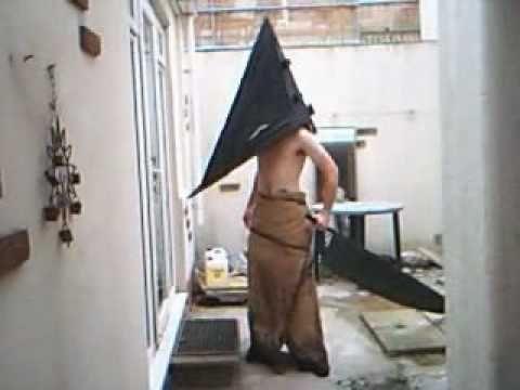 pyramid head costume definitive how to tutorial .... Ohhh Jeremiiiiiiaaaahhh ;)