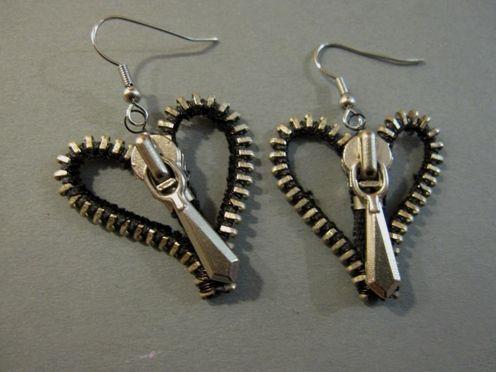 Heart Zipper earrings | JewelryLessons.com