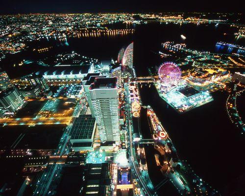 横浜ランドマークタワー 69F展望フロア「スカイガーデン」|横浜で遊ぶ|横浜市観光情報公式サイト