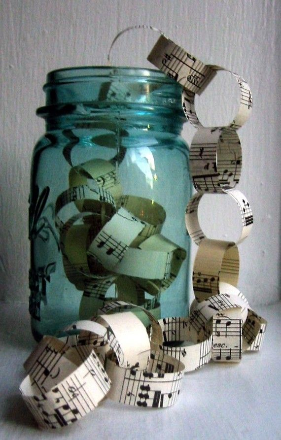 ♪♫♪ Vintage sheet music paper chain for Christmas tree ♪♫♪