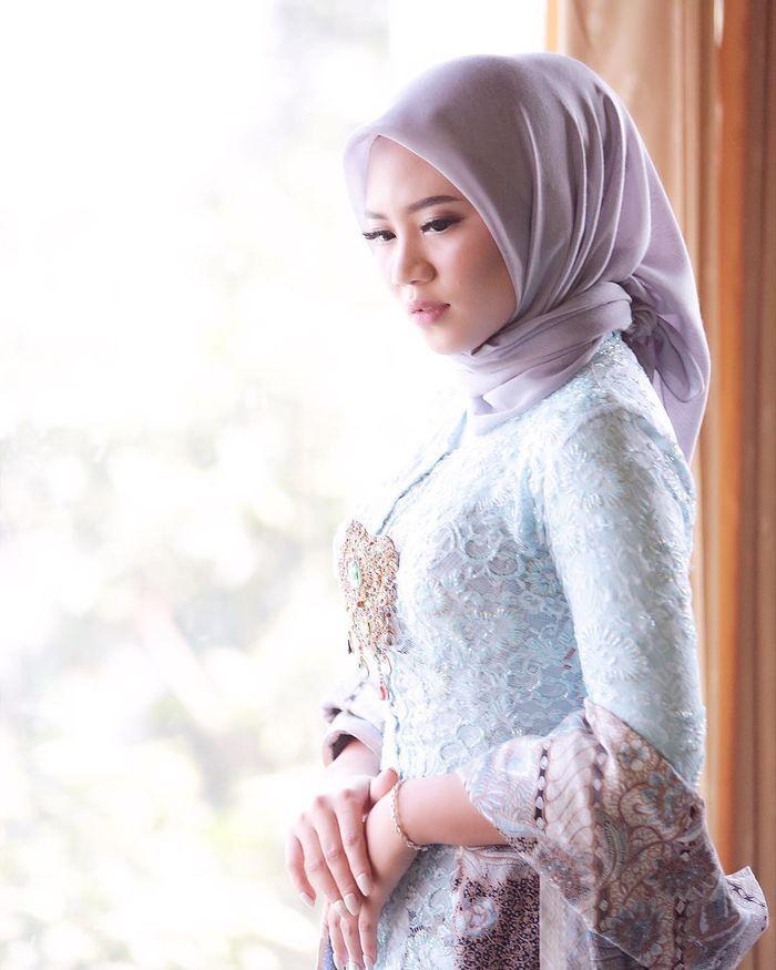 Tutorial Hijab Segi Empat Untuk Baju Kebaya Kursus Hijab Hijab