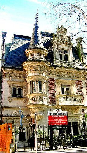 Colegio en Belgrano en las casonas antiguas