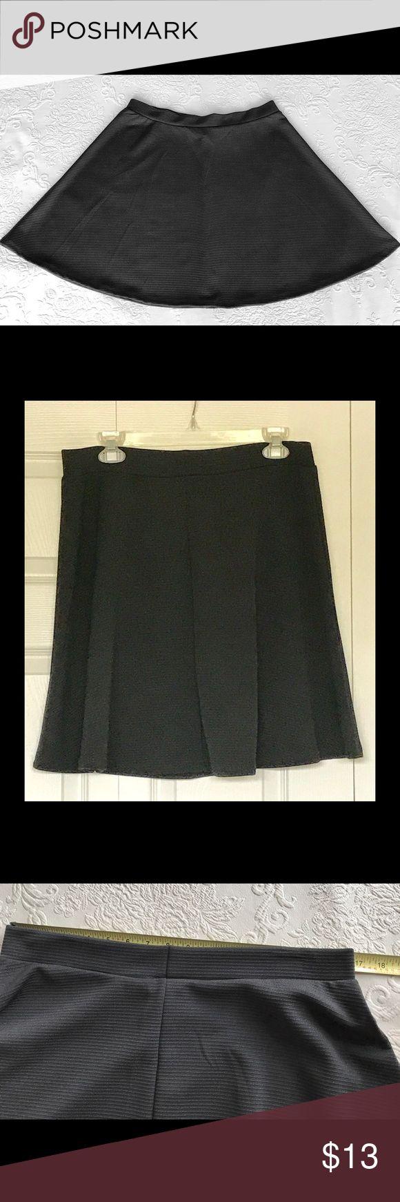 S A L E !Circle Skirt H&M cute flirty black circle skirt, unlined, 17 inches waist, waistband elastic, no zipper, 20 inches long from top of waist band. H&M Skirts Circle & Skater