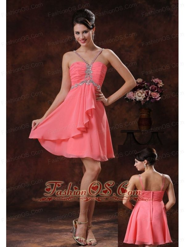 V-neck Zipper-up Watermelon Cocktail Dress With Beaded Decorate In Marana Arizona- $107.12 http://www.fashionos.com http://www.youtube.com/user/fashionoscom?feature=mhee Do you want to be the spotlight on the party? If so, this prom dress will definitely help you stand out. It features a ruched bodice which can conture your perfect figure, while the sweetheart neckline with straps which are encrusted by the beadings and crystals all over is alsolutely gorgeous.
