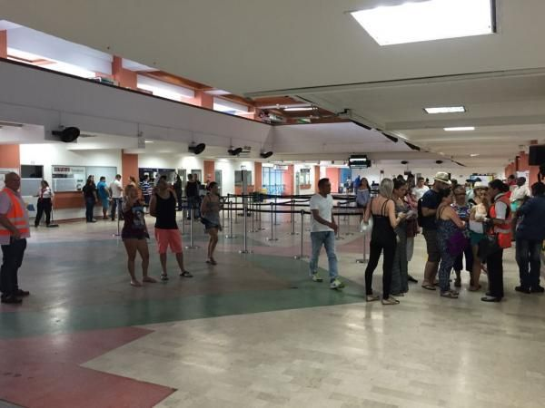 Cerca de 1,6 millones de viajeros se movilizaron en los aeropuertos ... - Portafolio.co (Comunicado de prensa) (Registro) (blog)