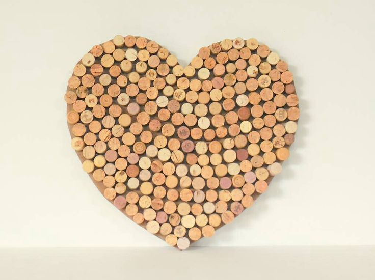 Kurken hart -- leuk als memobord in huis! www.by-vivo.nl